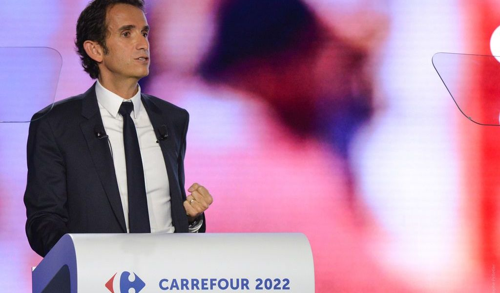 Carrefour To Implement Blockchain Technology in its Grocery Stores
