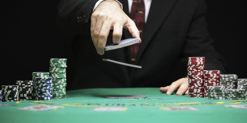 Americas Cardroom Now Accepting over 60 Different Types of Cryptocurrency