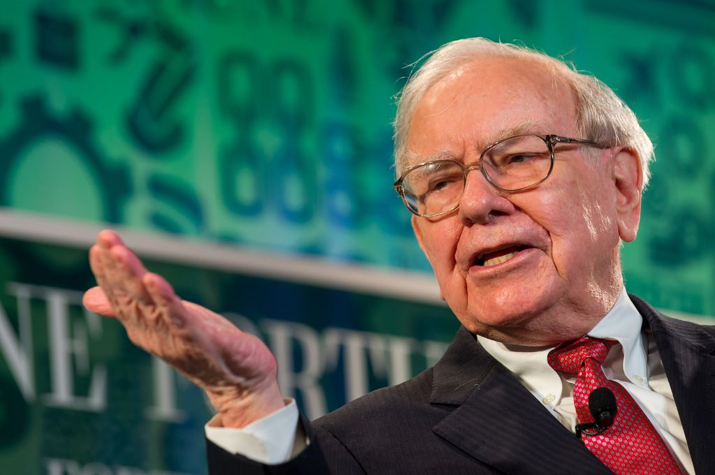 Warren Buffett Calls Bitcoin Worse Than Rat Poison