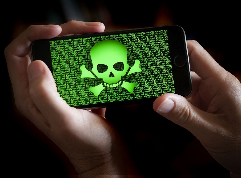 Disgruntled Cybersecurity Programmer Tried To Sell iPhone Malware For $50 Million Worth of Crypto on Dark Web