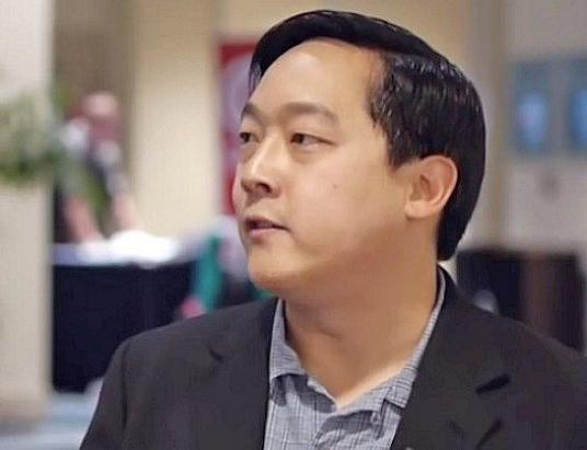 Litecoin Founder Explains the Acquisition of a 9,9% Stake in a German Bank and Suggests Everyone to Get at least 1 Bitcoin