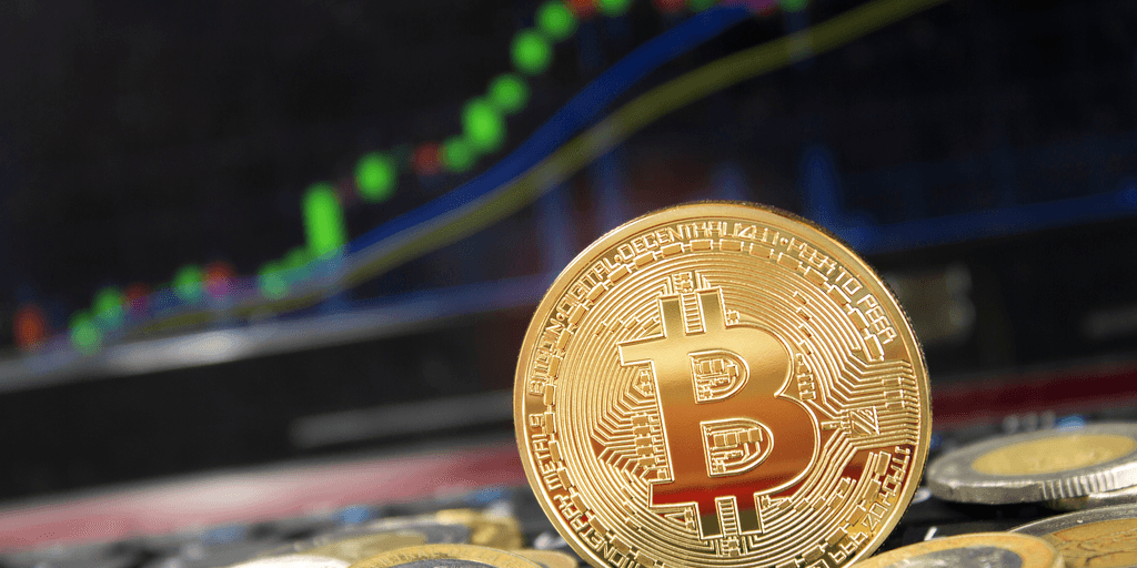 Price of Bitcoin Continues Positive Momentum, Breaks $8,000