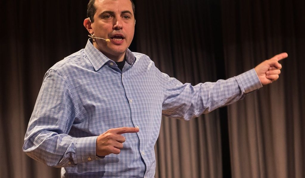 "Andreas Antonopoulos Details Why Bitcoin ETFs Could Be a ""Terrible Idea"""