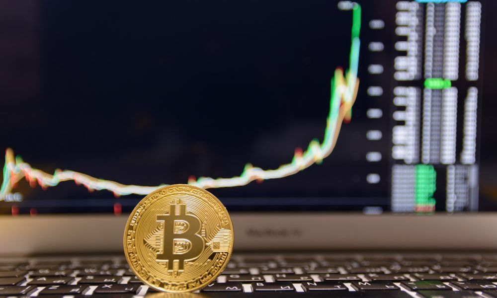 Ran Neuner From CNBC Says that Bitcoin Is About To Explode Higher And Points To Pending ETF Decision