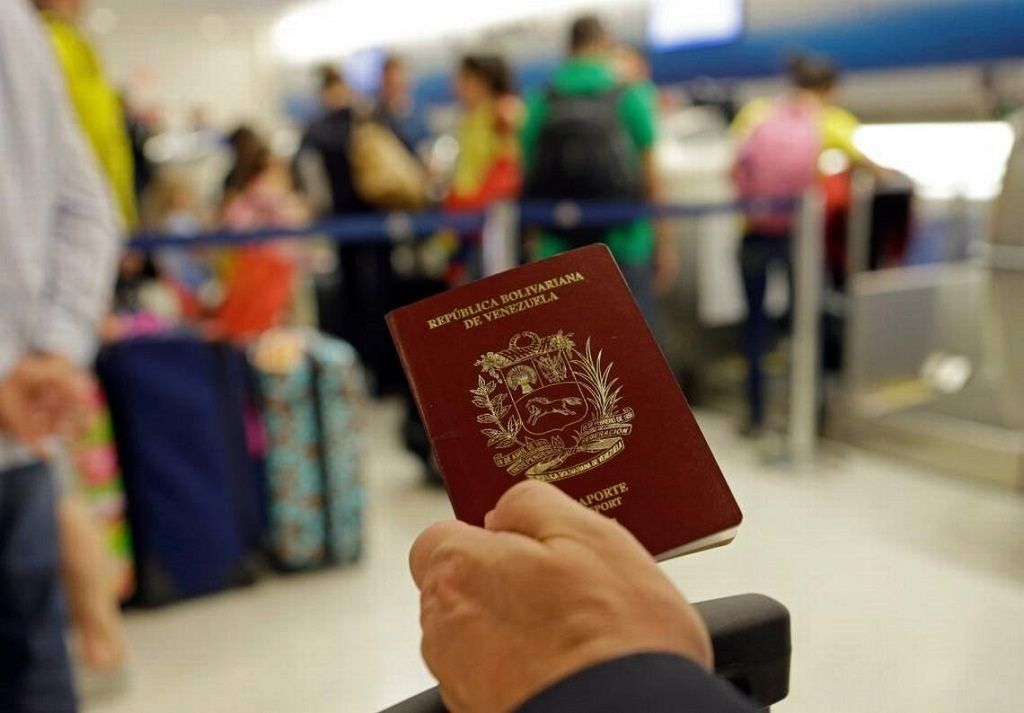 Venezuelan Passport Fees Must Be Paid In Cryptocurrency Petro