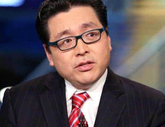 "Fundstrat Founder Tom Lee Calls Bear Market a ""Golden Time"" for Crypto"
