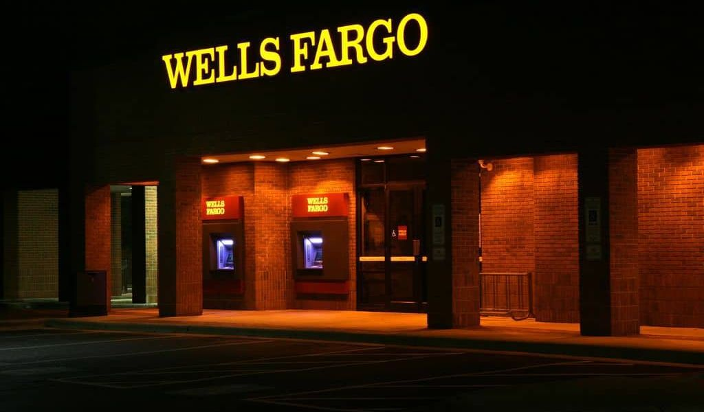 Wells Fargo Scams Its Clients and Bans Crypto Purchases