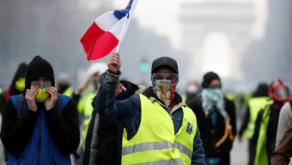 Yellow vest Demonstrations In France, Planning a Bank Run To Collapse The Euro