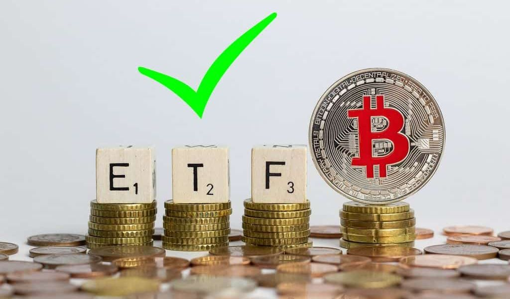 """Financial Manager Ric Edelman Says ETF is Now """"Virtually Certain"""""""