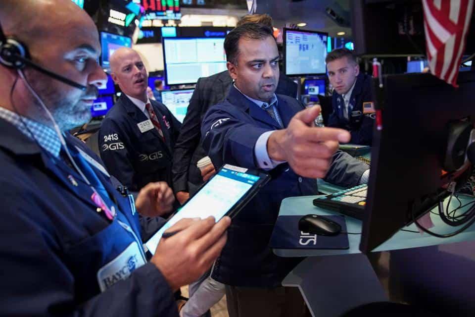 "American Securities Regulator Names Crypto ""Top Investor Threat"" in 2020"