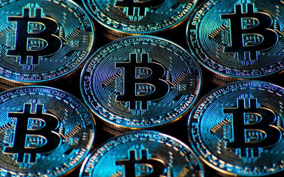 """Bitcoin """"Golden Cross"""" Suggests 170% Rally to $26,000 by May"""