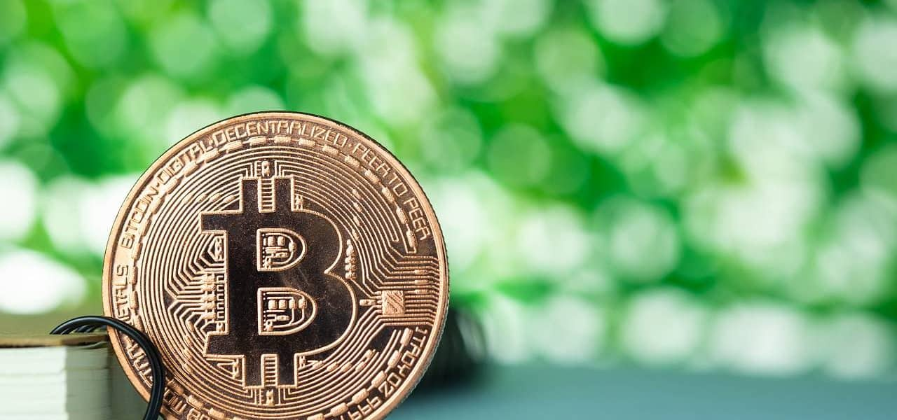 Bitcoin Crosses $7,500 As Investors HODL Before Halving Event